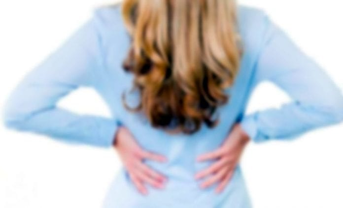 Болит поясница после родов, что делать?