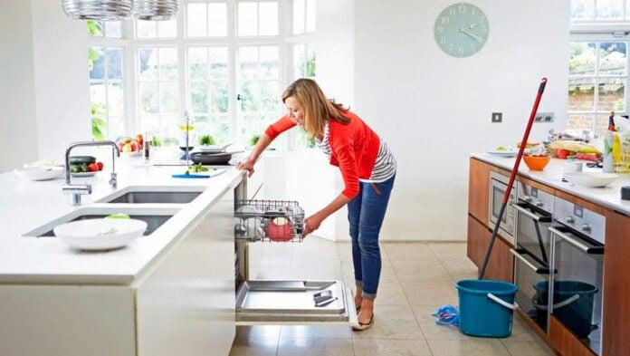 Польза или вред излишней чистоты и моющих веществ