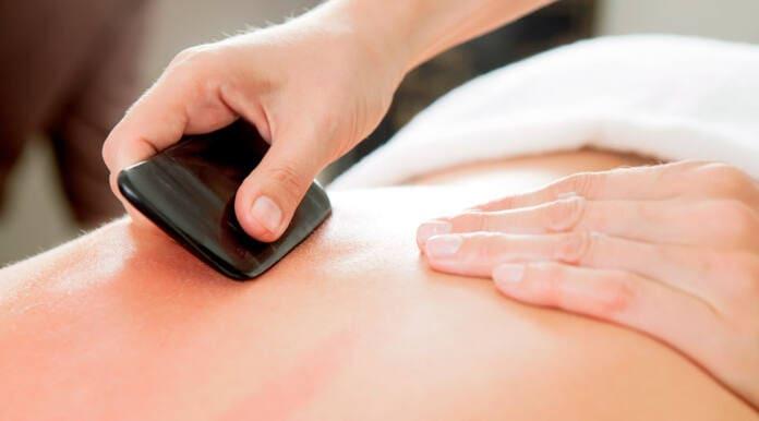 Что такое массаж гуаша, описание и история процедуры